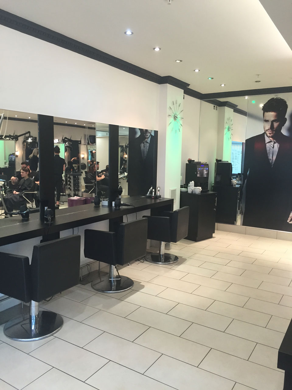 Bespoke Gents Cutting Service at Reflections Bradley Stoke